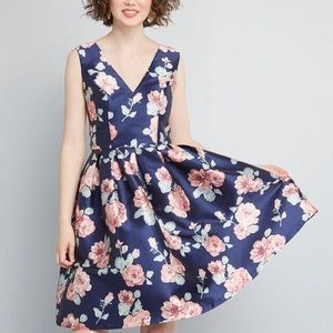 Navy Floral Fit and Flare Dress NEW - Size 6